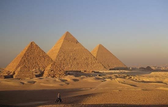 Pyramids at Giza_Throat Chakra